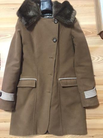 Пальто та дубльонка