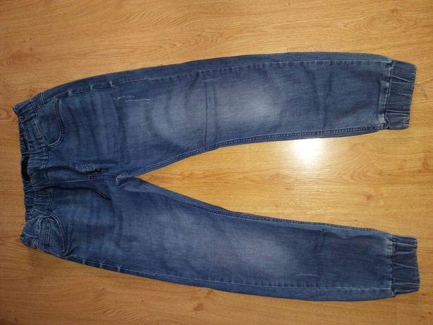 Spodnie młodzieżowe męskie