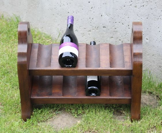 Bardzo oryginalny drewniany stojak na wino !!!