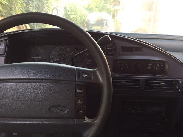 Продам Ford Taurus