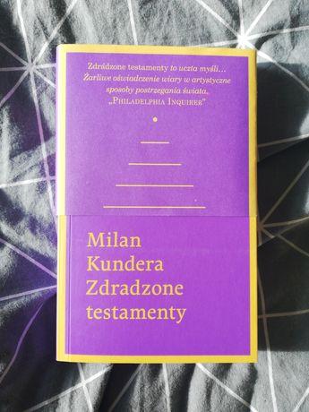 Milan Kundera zdradzone testamenty