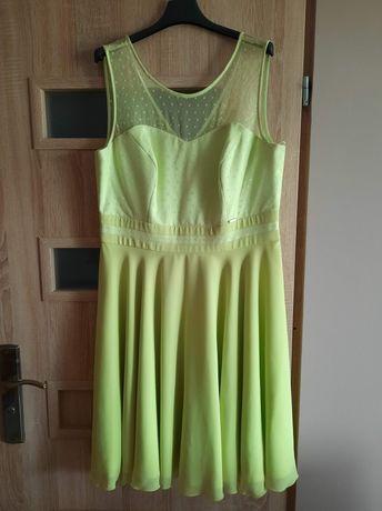 Śliczna sukienka rozmiar 44