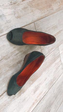 Sabdalias/ sapatos Foreva 37