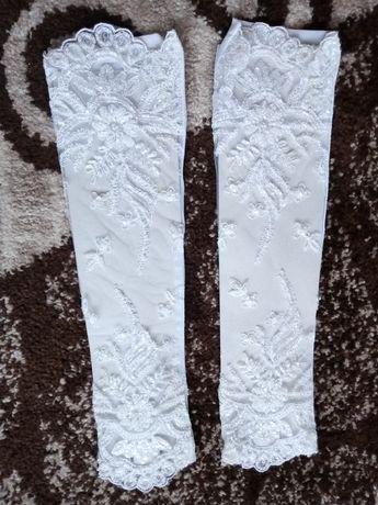 свадебные перчатки 200руб
