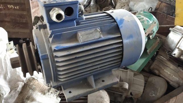 Электродвигатель 4 кВт 750 оборотов 700