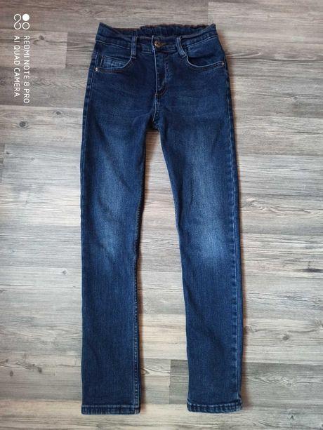 Классные джинсы на худенького мальчика
