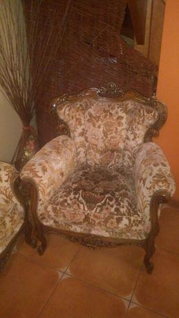 Fotele antyczne