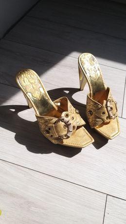 Złote klapki, buty na obcasie,rozm 39-24,2