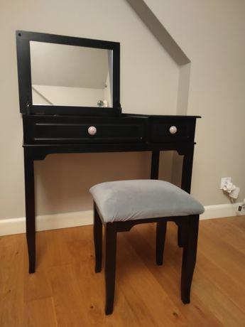 Toaletka czarna z lustrem stołek jak Ikea biurko glamour