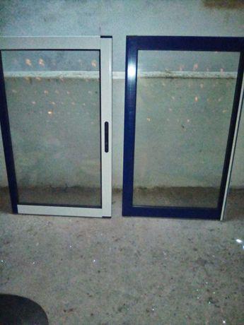 Vendo janela de alumínio