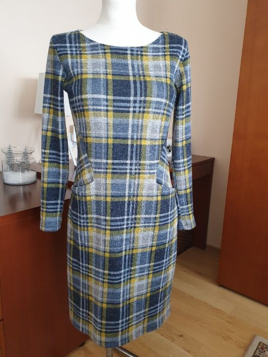 Sukienka Grey Wolf Mława - image 1