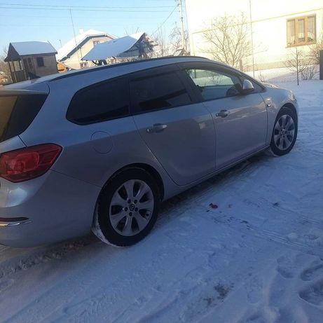 Opel Astra j 2013 1.7CDTI