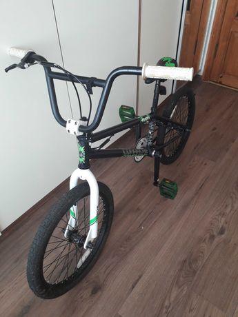трюковый велосипед BMX Comanche в отличном состоянии