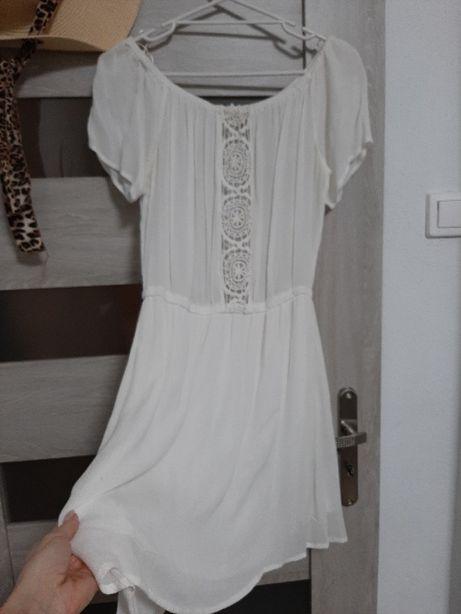 Letnia sukieneczka Sinsay S/M w kolorze złamanej bieli