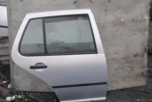 Drzwi prawy tył VW Golf 4
