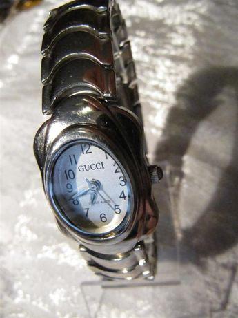 Часы GUCCI женские, новые, с надежным кварцевым механизмом Гонконг
