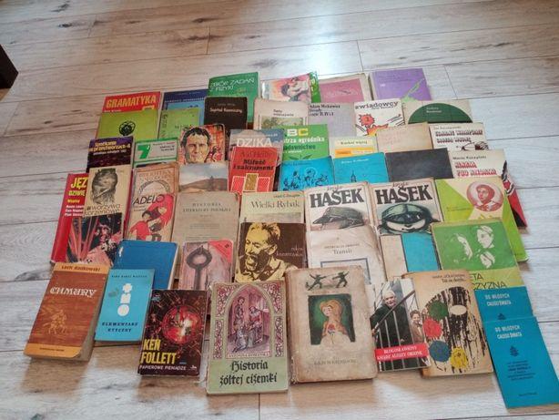 Książki z lat PRL