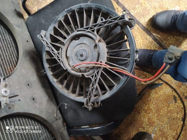 Вентилятор на Фольксваген т4 два штуки