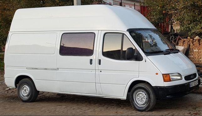 Форд Транзит Краб-5 місць;допоможе перевезти будівельну бригаду,6л-100