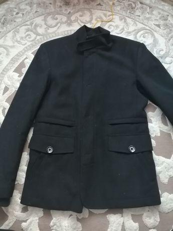 Пальто чоловіче шерстяне