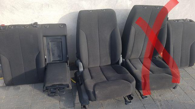 Fotele vw passat b6 kombi  i oparcia tylnej kanapy okazja