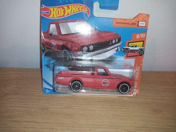 Hot wheels Datsun 650