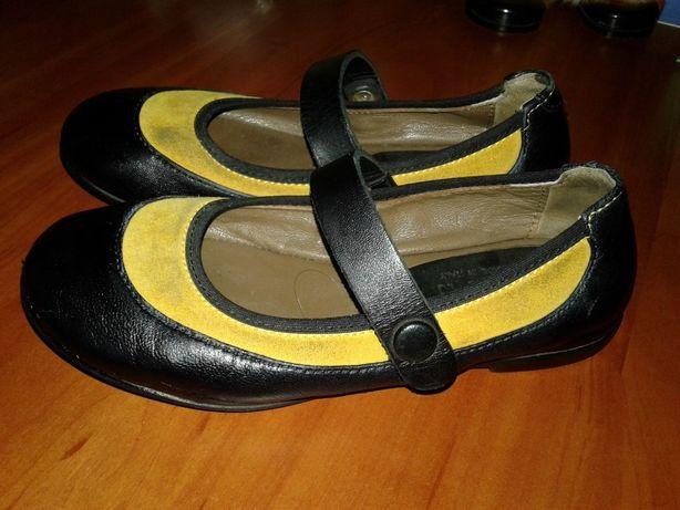 Marni италия кожа+замш туфли девочке на ремешке 28р(17,5-18см)