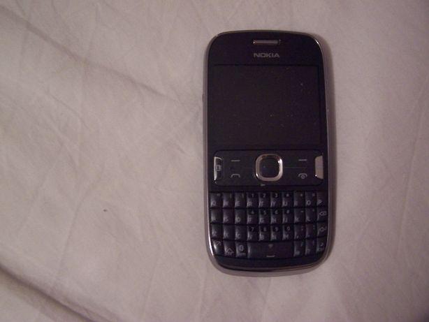 telefon komórkowy Nokia 302