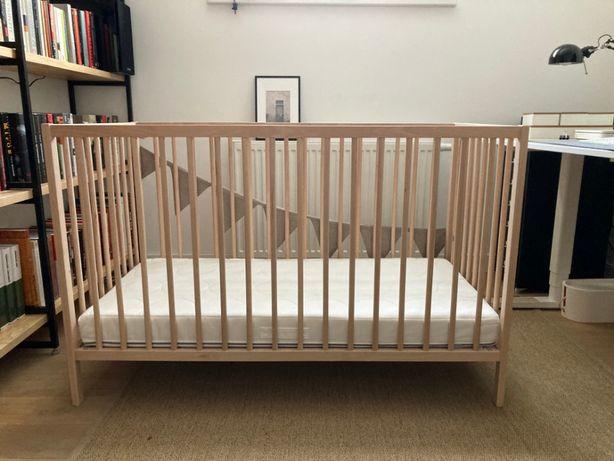 łóżeczko niemowlęce IKEA SNIGLAR + materac