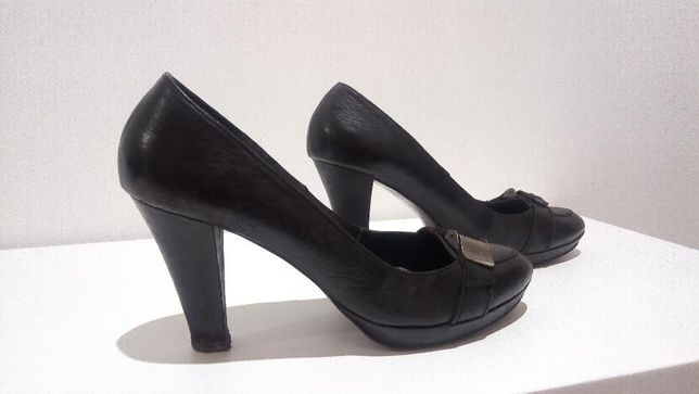 Sapatos 38 em pele marca portuguesa GUUCHE
