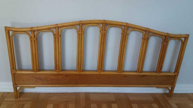 Rattanowe wezgłowie łóżka