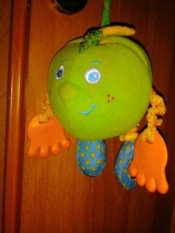 Развивающая игрушка зеленое яблоко.