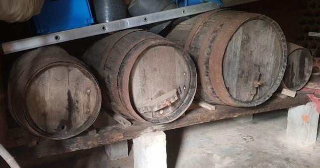 Conjunto de 4 Barris antigos