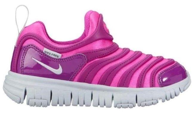 Кроссовки Nike Dynamo Free без шнурков об ножке фиолетовые розовые
