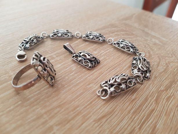 Komplet biżuterii srebrnej