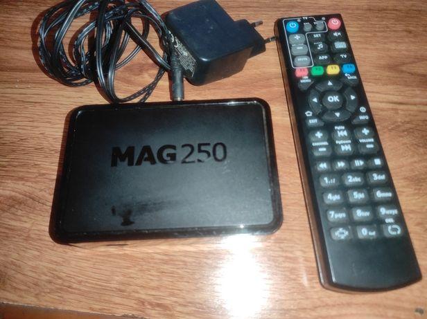 ТВ приставка MAG 250