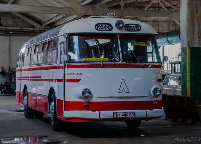 Продаю ретро автобус ЛАЗ 695 Е