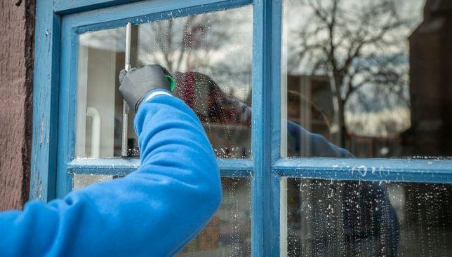 Miotełka -mycie okien, mycie elewacji , pranie dywanów i tapicerki