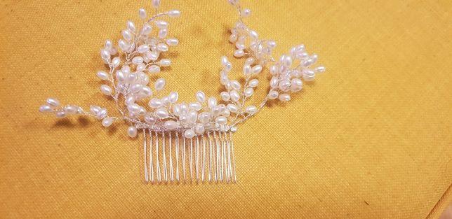 Ozdoba do fryzury ślubnej_białe perełki