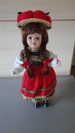 Lalka pomponiara,  w stroju schwarzwaldzkim, nowa 33 cm wys.