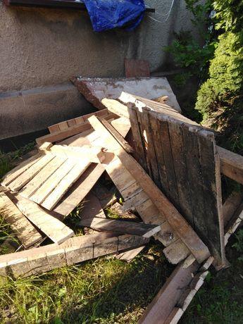 Oddam drewno i plyty z podlogi