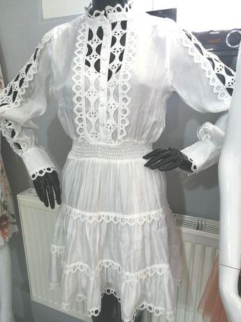 Boska sukienka