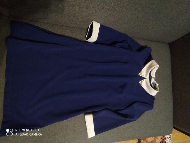 Плаття синього кольору
