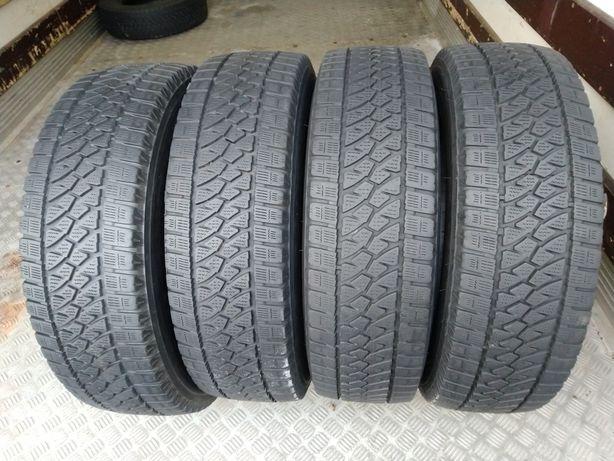 Opony zimowe 215 75 R16C Bridgestone Blizzak W810