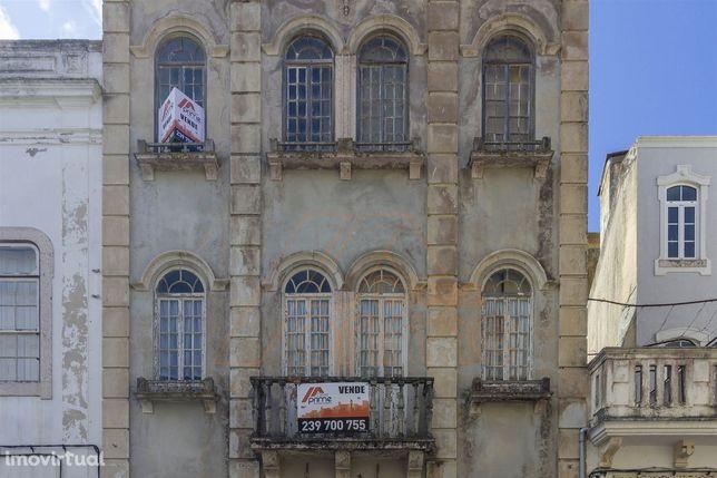 Prédio - Zona Casino - Figueira da Foz