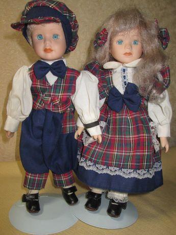 Фарфоровые куклы на металлической стойке