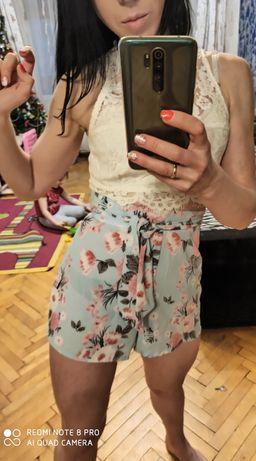 Фирменные Шифоновые шелковые шорты М