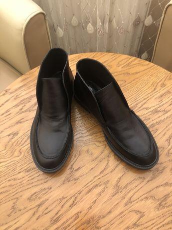 Новые кожаные лоферы, ботинки Loro Piana.