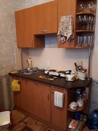 Продам гостинку c мебелью и техникой Б.Панасовская 106  D S4