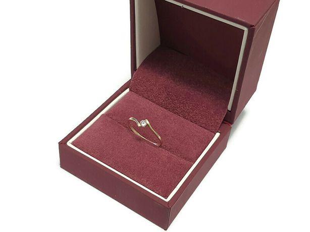 złoty pierścionek 0,95g 585 r12